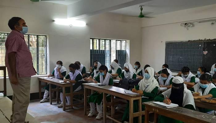 টাঙ্গাইলে করোনাকালে ১২৪২ ছাত্রীর বাল্যবিয়ে